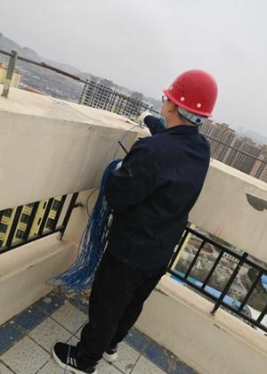 我公司为某单位家属楼做雷电防护装置检测工作